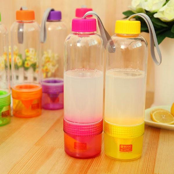 日款 創意隨身檸檬果汁榨汁水壺 新鮮水果隨手杯 榨汁器水杯 不挑色【RSOTI21P】