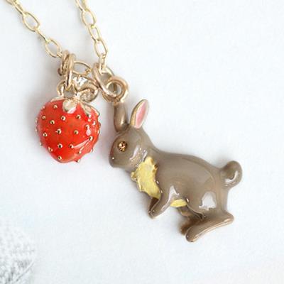 〔APM飾品〕 Gargle 野苺仙蹤兔子項鍊  日系 可愛風格