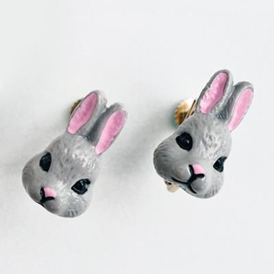 〔APM飾品〕 Gargle 奇蹟物語童話彩兔耳環  夾式   抗過敏   白兔兔   灰