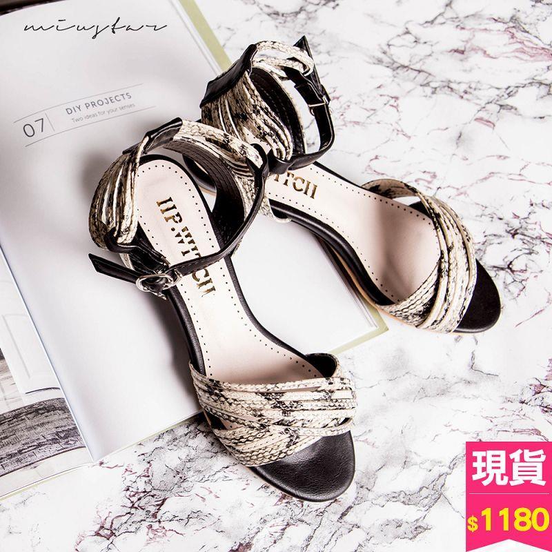 ~滿千再折100~ 免等 1180~MIUSTAR 狂野性感蛇花紋低跟楔型涼鞋 共1色,3