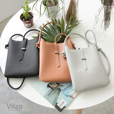 ~Viizo~ 荔枝紋綁帶穿繩拉鍊小方斜背包~3色