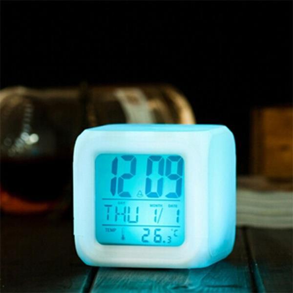 文具 簡約 七彩變色心情鬧鐘 炫彩 電子 彩屏顯示 夜燈 LED鐘 電子時鐘~PMG210