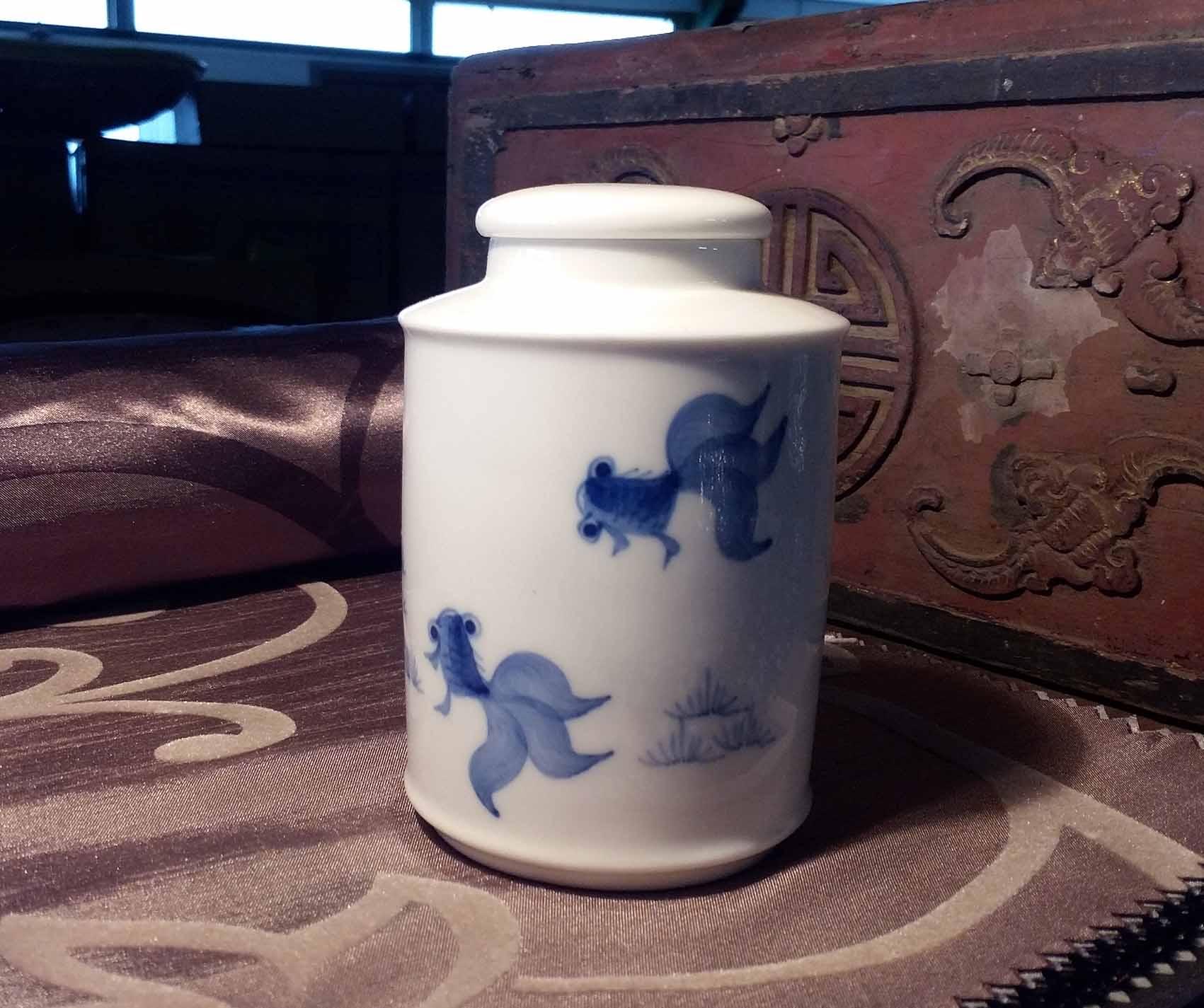 雙魚戲水^~青花瓷茶罐