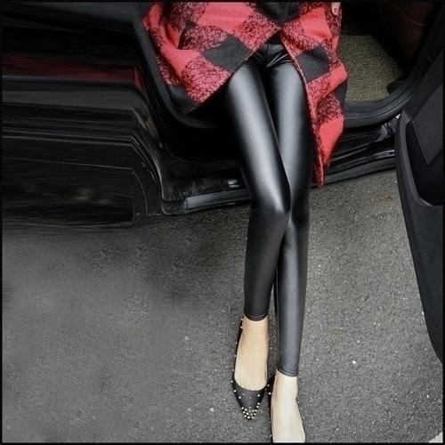 大碼窄管褲女加厚PU皮褲修身顯瘦加絨內搭褲~LF26248~