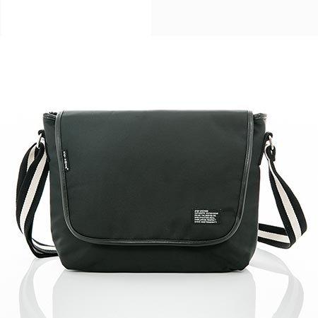 ~EE9002A~大空間 帆布包 郵差包 側背包