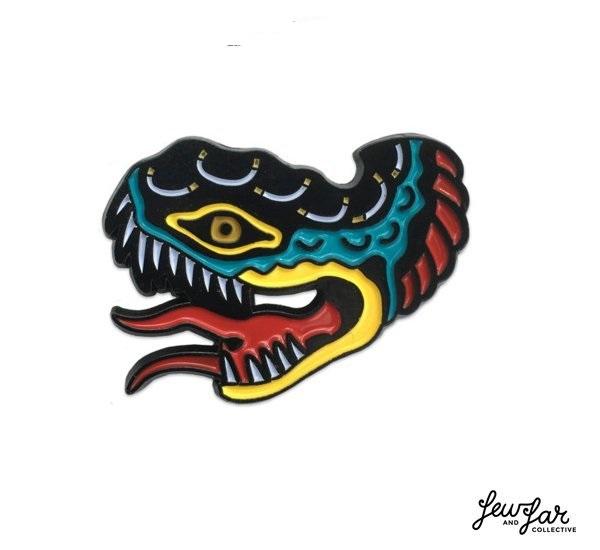 Few  Far Lindauer Snake Lapel Pin 黑鐵琺瑯釉色毒蛇別針