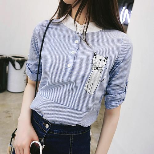 四葉幸運草~EF549A010~可愛細條紋蝴蝶結貓咪圖案小立領長袖襯衫上衣