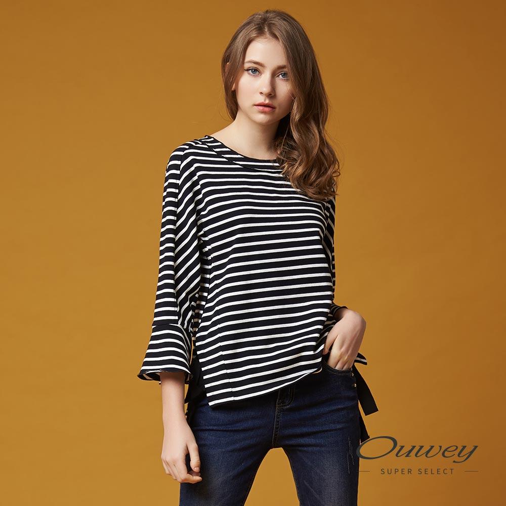 OUWEY欧薇 率性甜美系结条纹上衣(黑)G56125