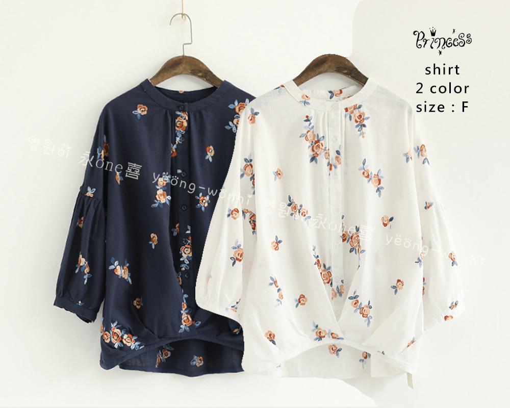 立领刺绣小花喇叭袖衬衫AAY003