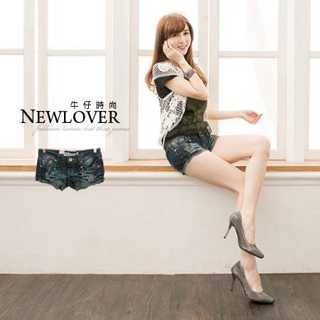 短褲~NEW LOVER牛仔 ~~111~5166~復古風潮顯瘦潑漆抓破抽鬚牛仔S~XL