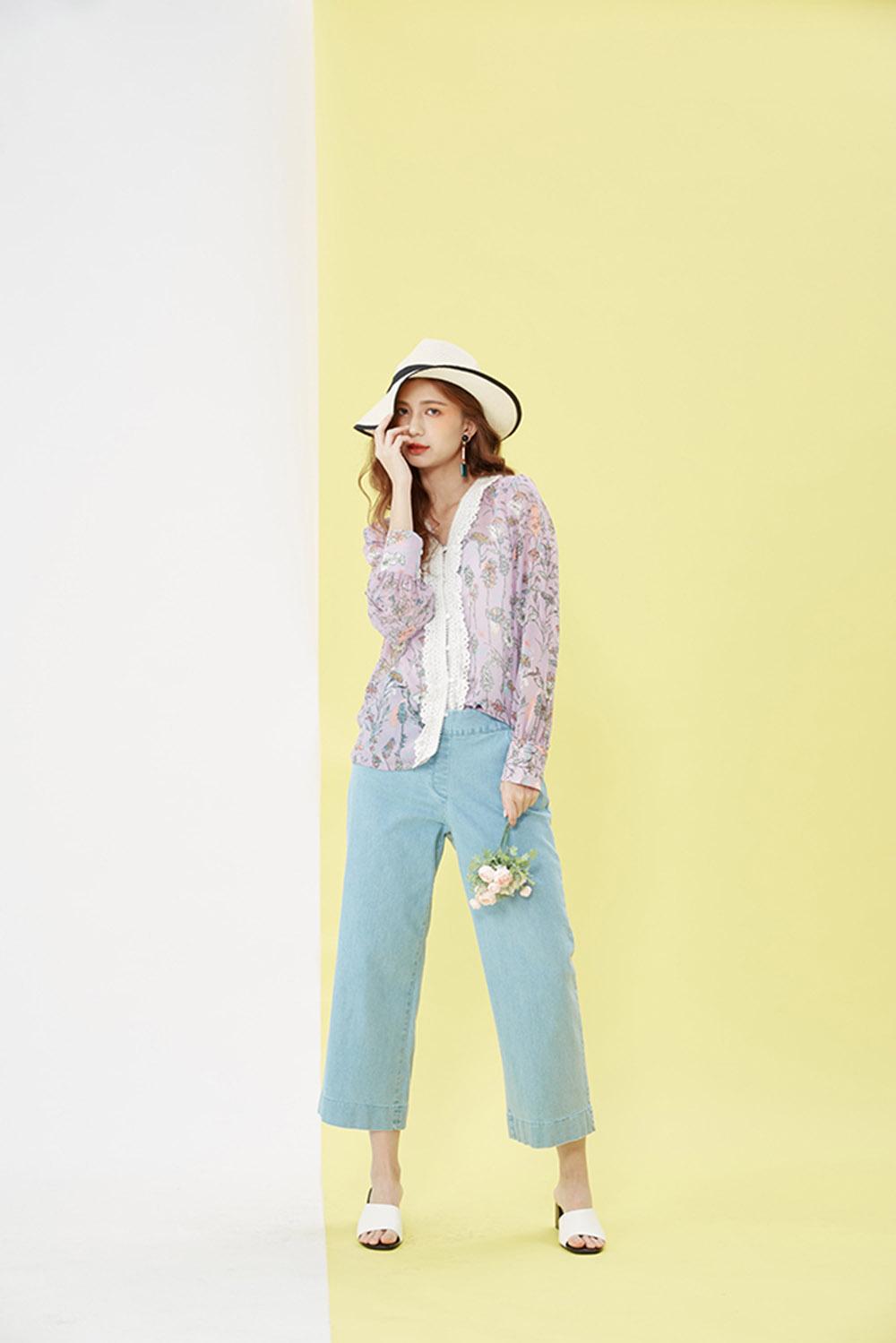 8SP013 休闲宽版牛仔长裤