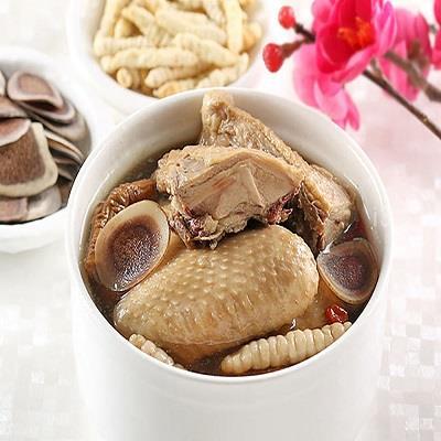 【愛上新鮮】鹿茸冬蟲御饌煲雞湯2包 (半雞/包)(平均每包390元)