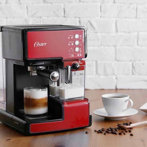 Oster 美國奶泡大師義式咖啡機 PRO升級版 醇酒紅 BVSTEM6602R(限時預購中,商品於2/21出貨)