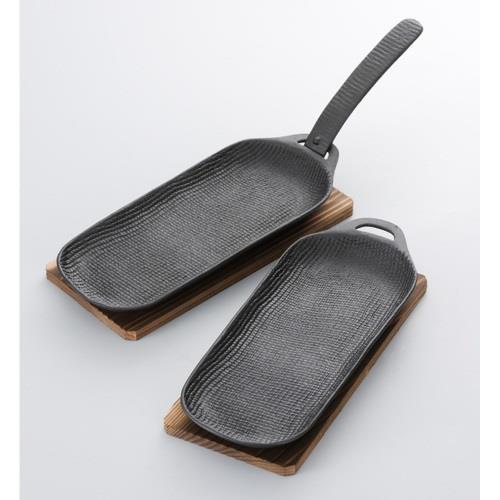日本代購【及源鑄造】鑄鐵平底燒烤盤•烤魚盤(長型兩件組)