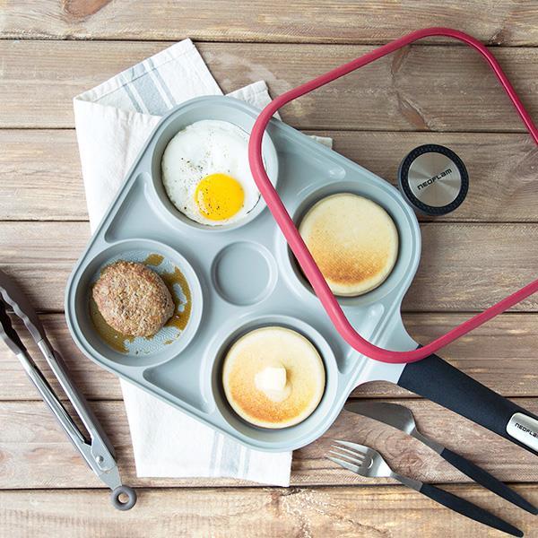 (結帳免2千!再送原廠料理夾)Neoflam Steam Plus Pan快速料理神器 不沾4格鍋/四格鍋(附贈玻璃蓋)/4種料理一次快速上桌/小家庭必備/清蒸.煎煮百變上桌/注水孔設計超貼心