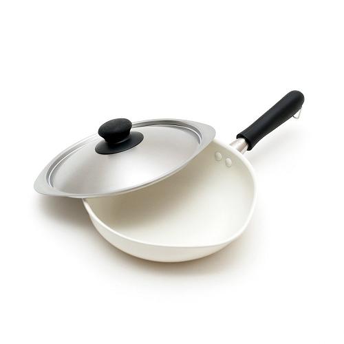 日本代購【柳宗理】陶瓷不沾單手鍋22cm(附蓋) 白色