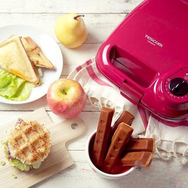 (買再送鬆餅粉)TESCOM 日本多功能3種烤盤鬆餅機 甜心紅 (含格子/三明治/點心棒烤盤 )HSM530TW 早午餐首選.