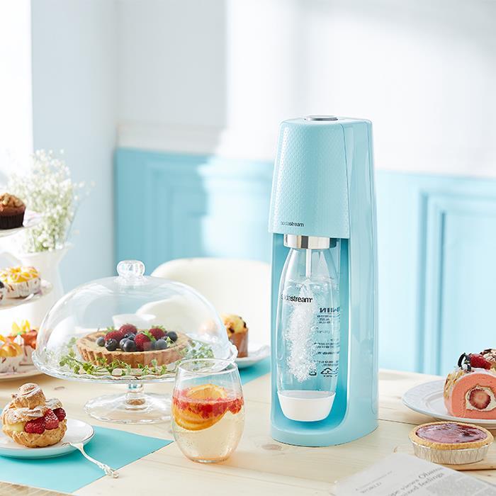 (獨家新品體驗價,只要3990)SodaStream FIZZI氣泡水機 蒂芬妮藍 (自動扣瓶/獨家設計/60L大鋼瓶)